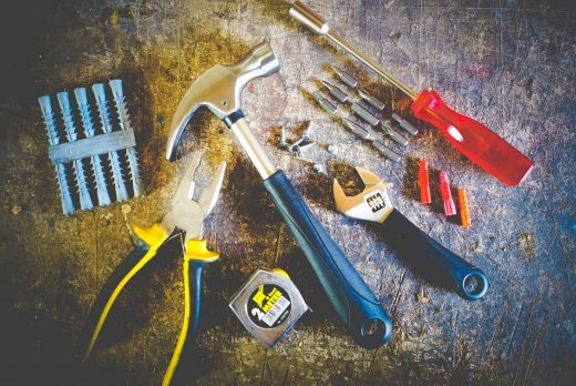How to Clean Hand and Power Tools with WD-40 Specialist Degreaser